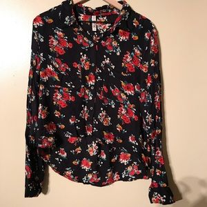 Mudd Tops - Mudd Floral Long Sleeved Hi/Low Top, Size Large